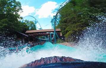 Le Scoot log flume