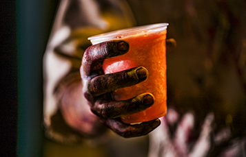 Enjoy delicious cocktails at Howl-O-Scream
