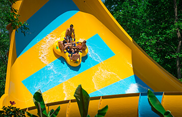 Colossal Curl water slide at Water Country USA